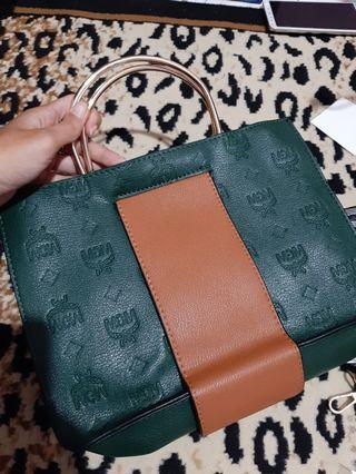 Tas hijau coklat