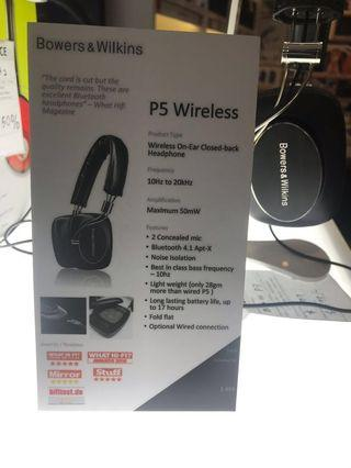 Bowers and Wilkins P5 Wireless and Wired
