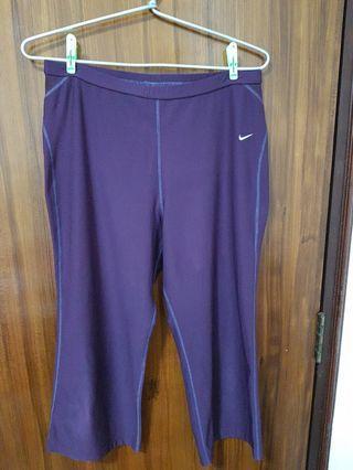 Purple nike capri pants