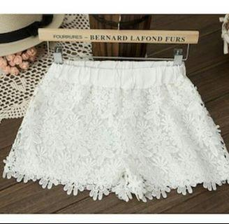 Korean White Pretty Flowery Lace Shorts
