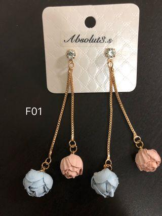 🚚 F-01 blue and pink flower earrings