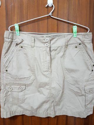 M&S Khakhi skirt