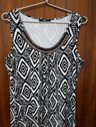 Tribal print sequin bead detail neck sleeveless top