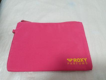 Roxy cosmetics / makeup bag 化妝袋