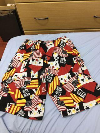 男性海灘褲