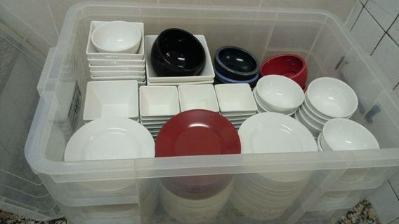 🚚 日式餐具時尚四角瓷碗