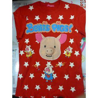 Red T-shirt with Pig