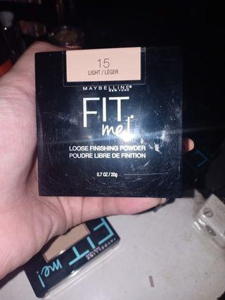 Maybelline Fit Me Loose Powder (shade 15)