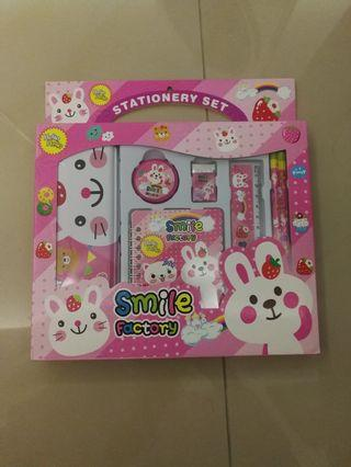 Rabbit Stationary Set