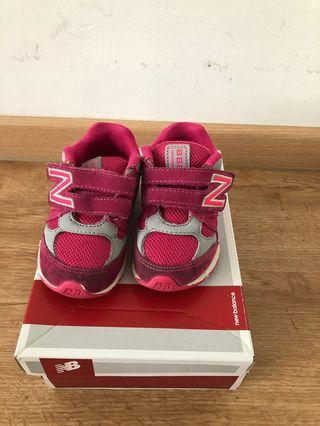 🚚 Baby Toddler Girl Shoes New Balance Pink
