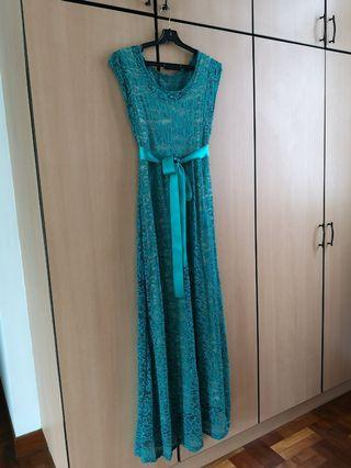 🚚 Maternity and Nursing maxi dress
