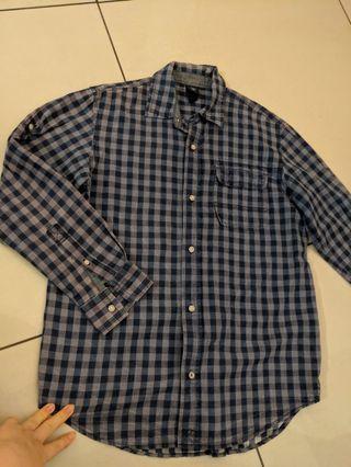 GAP and HnM shirts