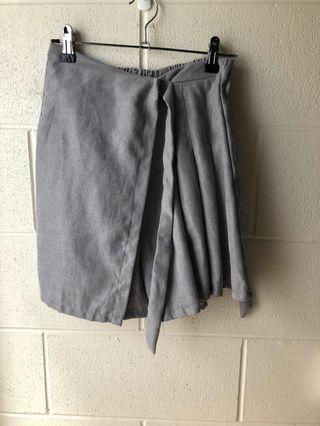Skirt (skort)