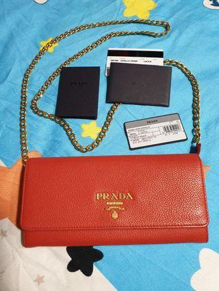 PRADA WALLET ON CHAIN - PRICE IS FIRM