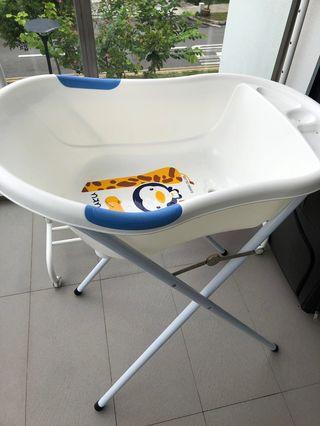 🚚 Puku bath tub with stand L size