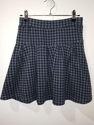 Cotton Wide-Pleated Skirt with Pockets