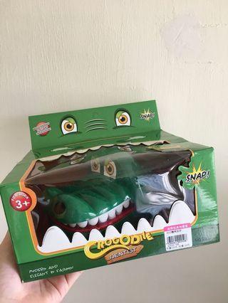 🚚 瘋狂鱷魚咬咬樂 桌遊