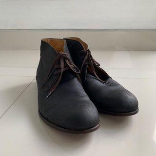 Harrys of london desert boots newbuck