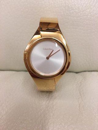 Calvin Klein金色錶