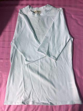 3/4 SLEEVES TOP WITH TAG