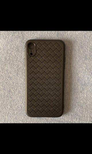IphoneXR黑色編織紋手機殼