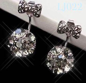 🚚 [3 for $15] Korean Night Glitter Bow-tie Earrings