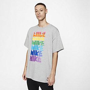 Nike Betrue T-Shirt XL (fits very oversized)