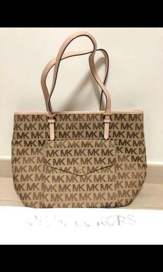 Michael Kors bag (100%real and new)