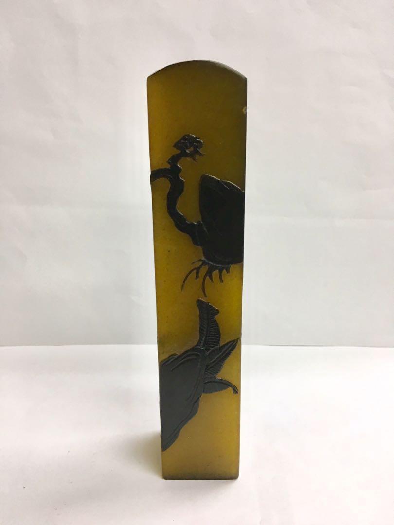 珍藏6吋半高浮雕天然壽山石凍印章一個 (可作印章丶擺設或雕刻圖章等用途)#MTRtst