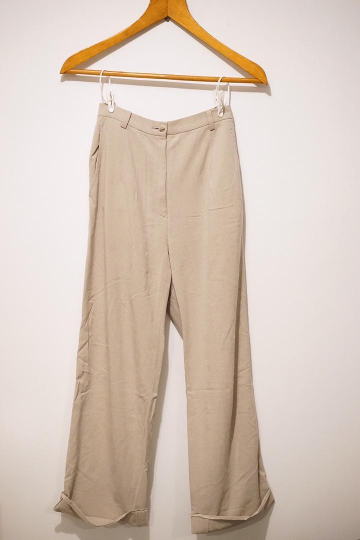 日本製米色長褲