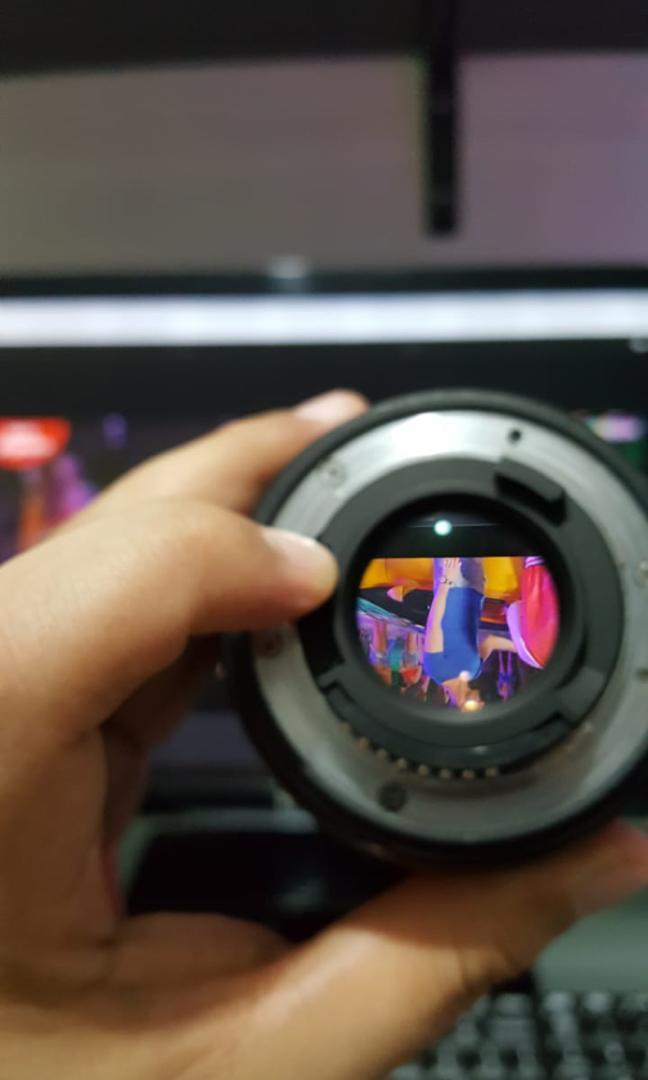 Camera DSLR Nikon D300s + 2 Lensa + Flash