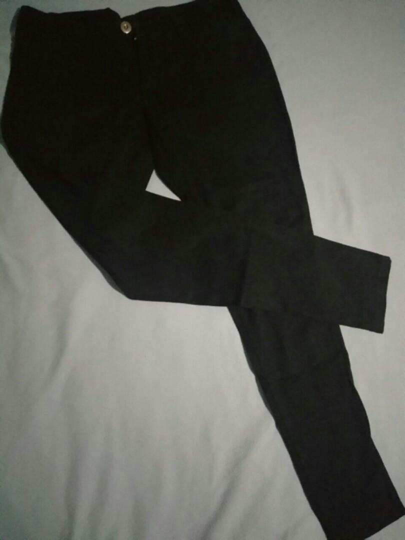 Celana kerja bahan hitam