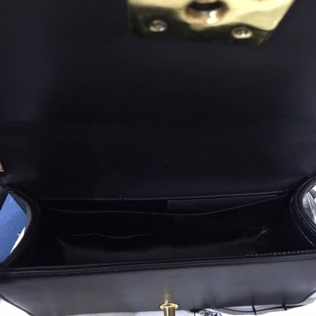 Chanel Boy Lambskin Original medium GHW Lambskin mulus & full set 💕