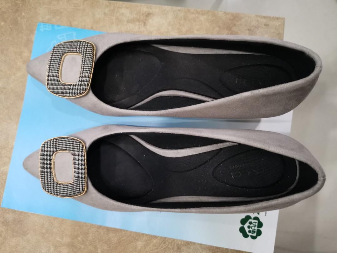 Grey comfy platform heels