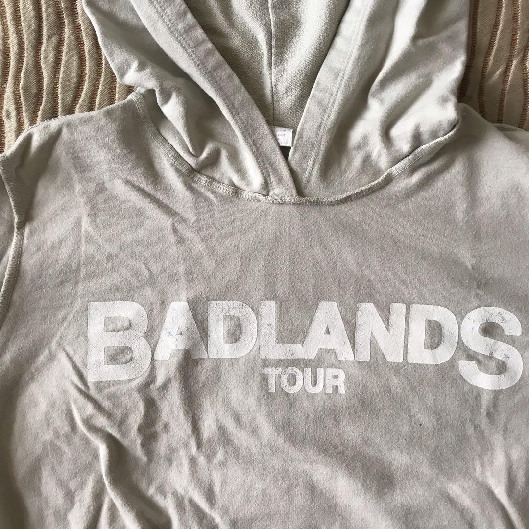 HALSEY Badlands Tour Cropped Hoodie