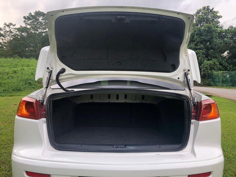 Mitsubishi Lancer 2.0 EX MIVEC 6-CVT Auto