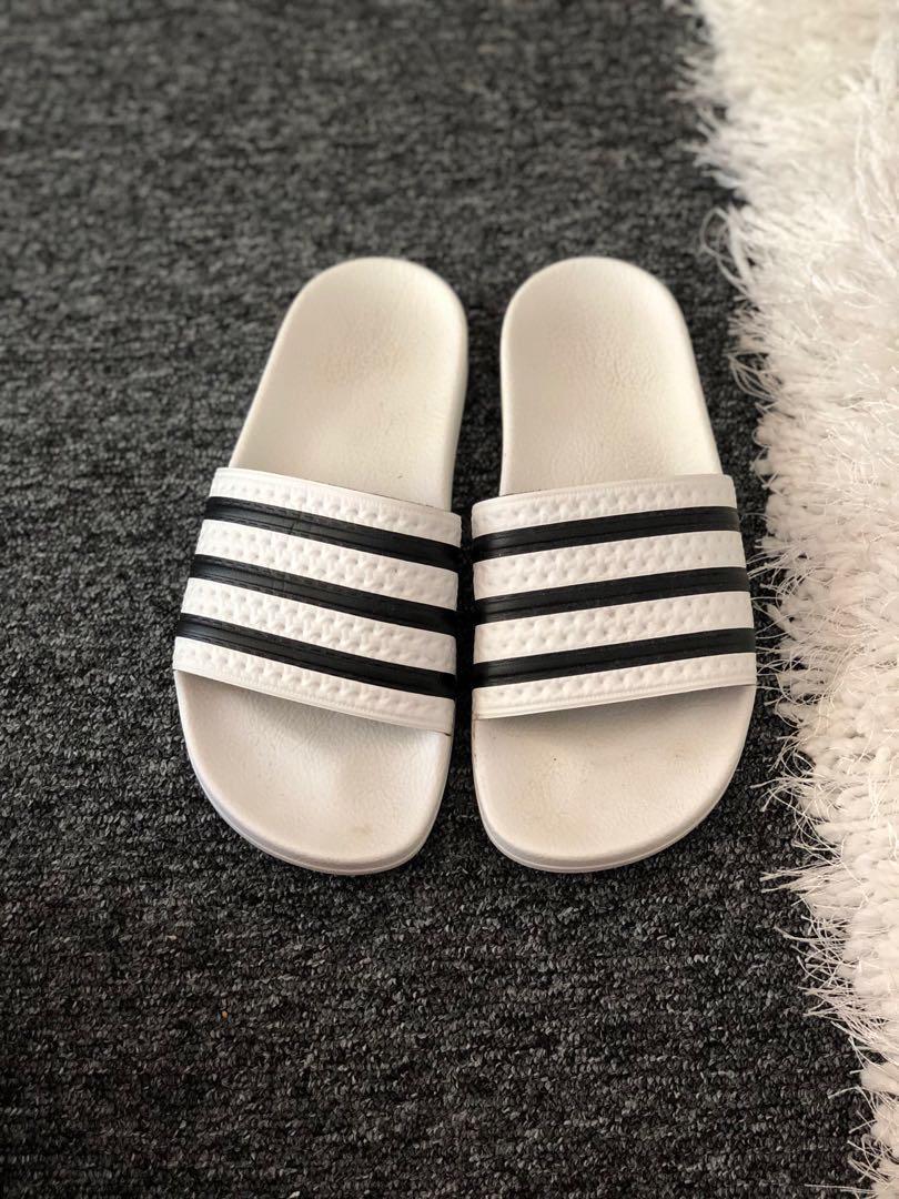 SIZE 7 Adidas Adilette Slides