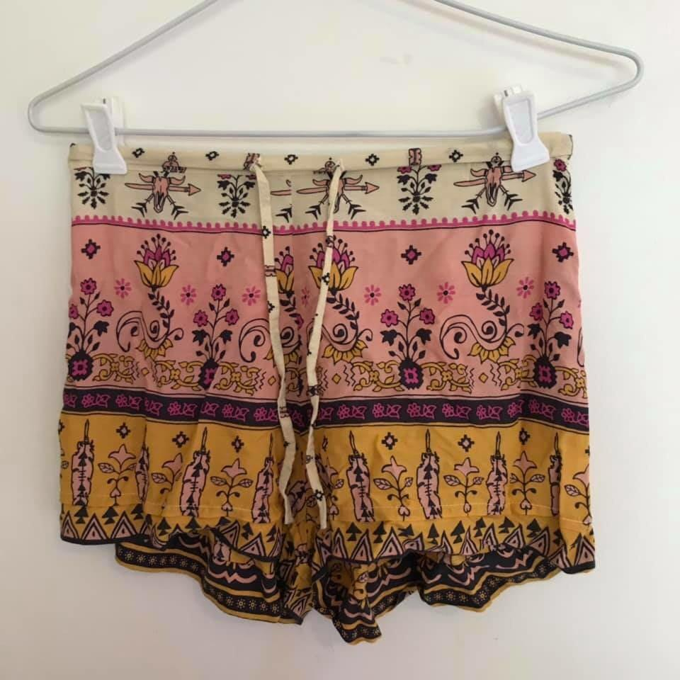 Spell and the Gypsy shorts