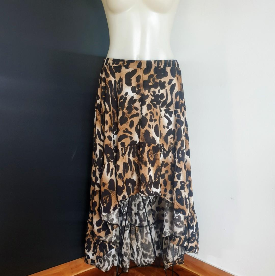 Women's size S (8-12) 'BOHEMIAN TRADERS' Gorgeous leopard print hi low maxi skirt - AS  NEW