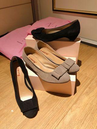 #大腳#低跟女鞋25號 灰、黑各一