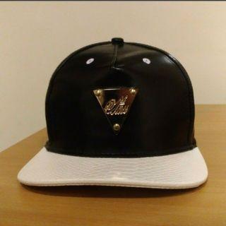 黑白皮革帽 板帽 潮帽 棒球帽