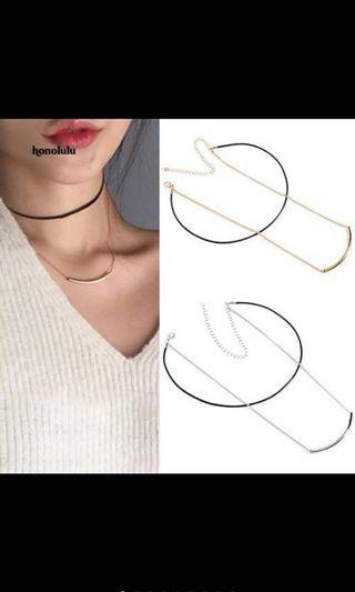 🚚 Silver and gold layer minimalist necklace