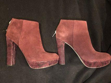 Michael kors Lesly Maroon booties size 7.5