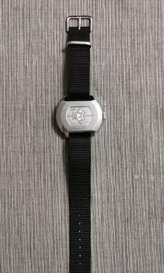 Jump hour watch / 機械跳字錶(手上鏈)