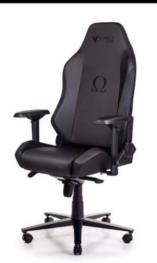 🚚 Secretlab Omega 2020 Gaming Chair Black