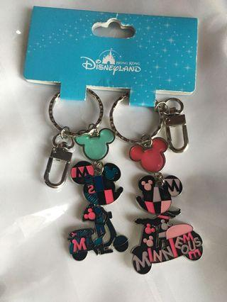 100% New Mickey and Minnie Mouse Keychain 米奇 米妮老鼠 Hong Kong Disneyland 鎖匙扣 香港廸士尼樂園