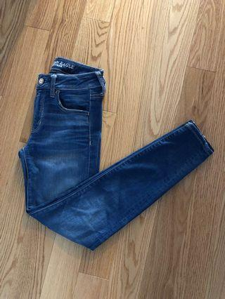 AE Super Stretch Mid-Rise Jeans (Size 2 Short)