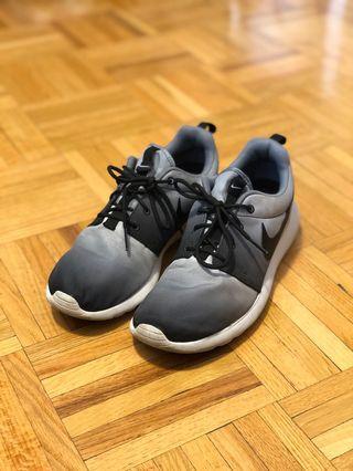 Nike Ombré Roche