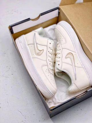 40-45 Authentic Unisex NIKE AIR FORCE 1