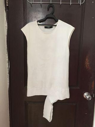 Frimo 男生無袖不對襯白色無袖背心超好看8成新便宜賣300
